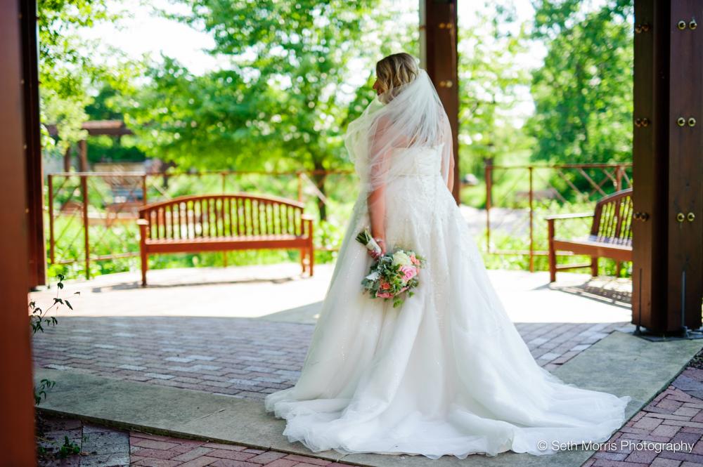independence-grove-wedding-17.jpg