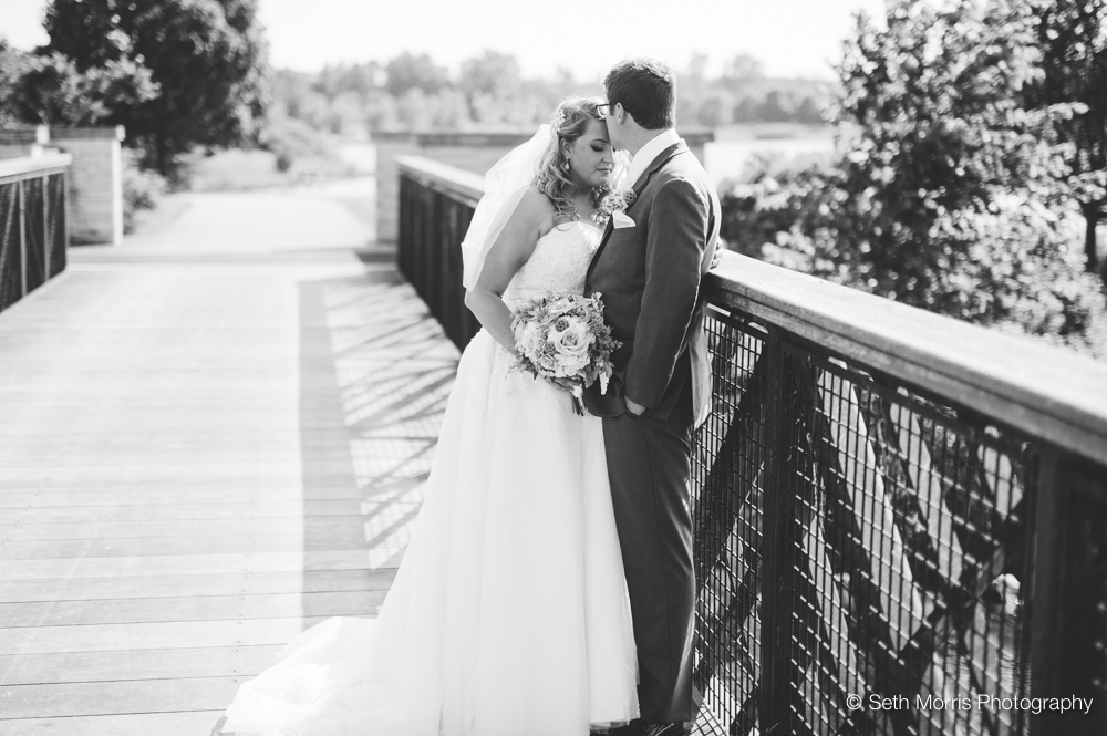 independence-grove-wedding-27.jpg