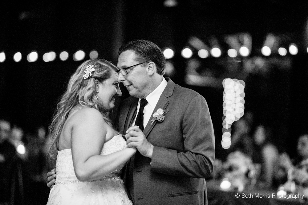independence-grove-wedding-71.jpg