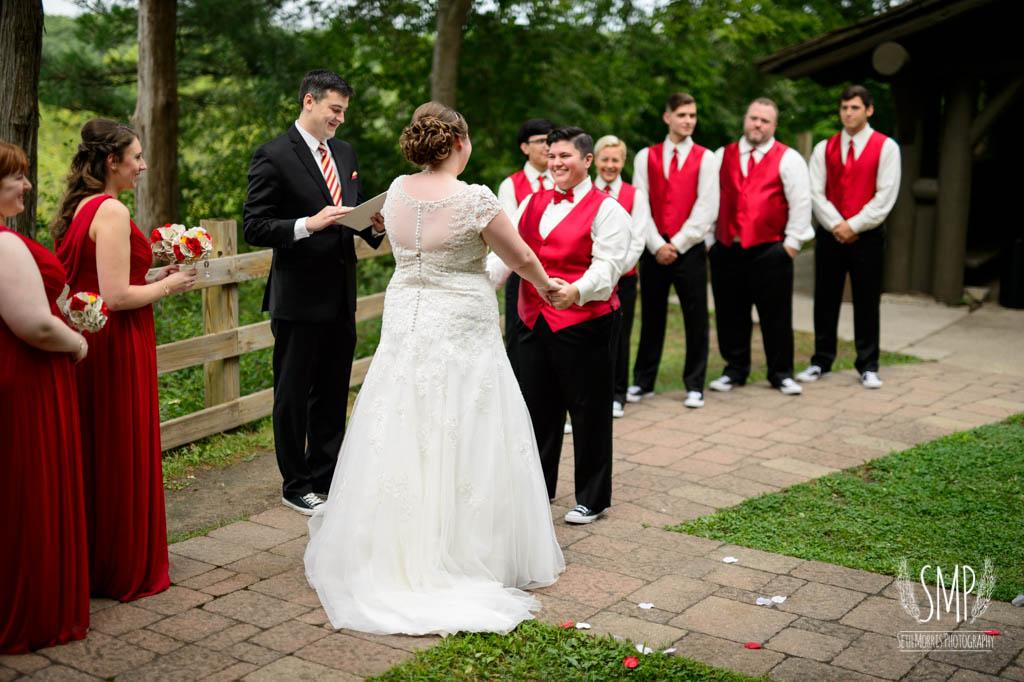 harry-potter-lesbian-starved-rock-wedding-photographer-26.jpg