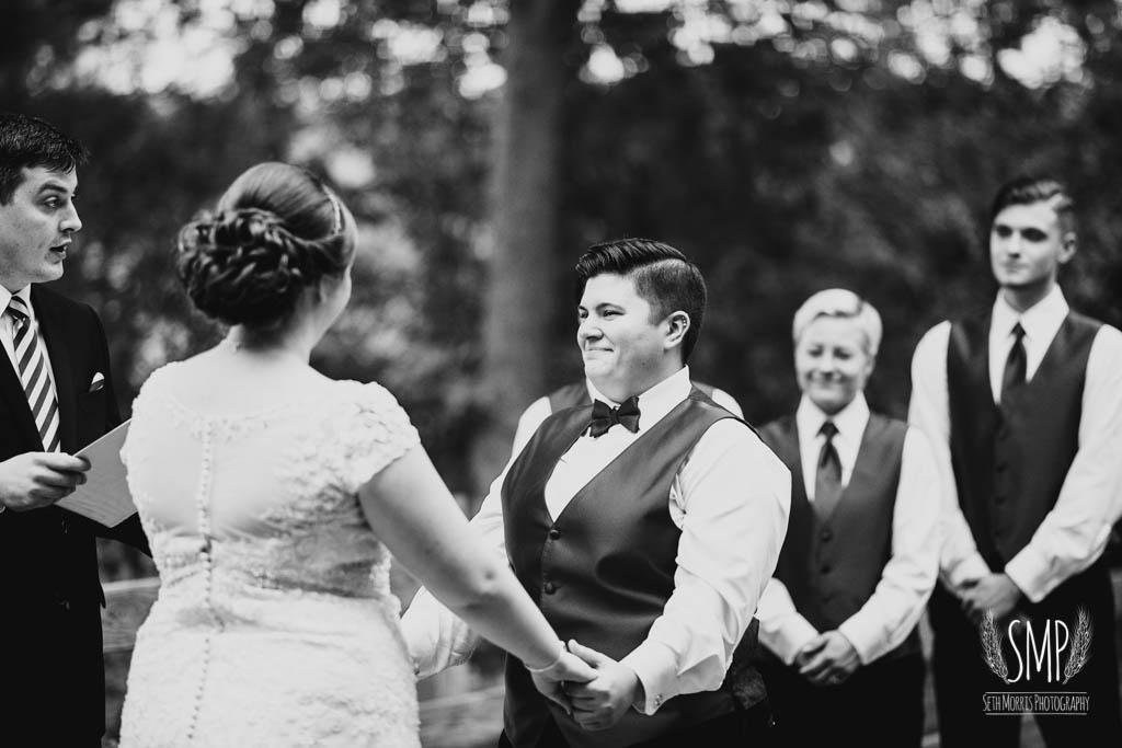 harry-potter-lesbian-starved-rock-wedding-photographer-27.jpg