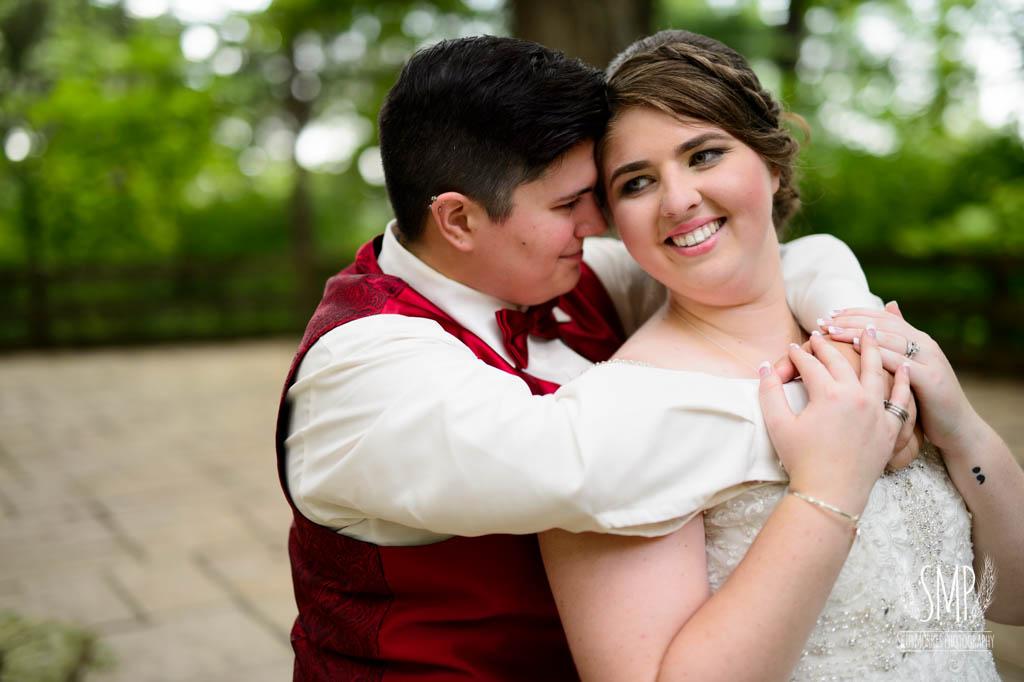 harry-potter-lesbian-starved-rock-wedding-photographer-44.jpg