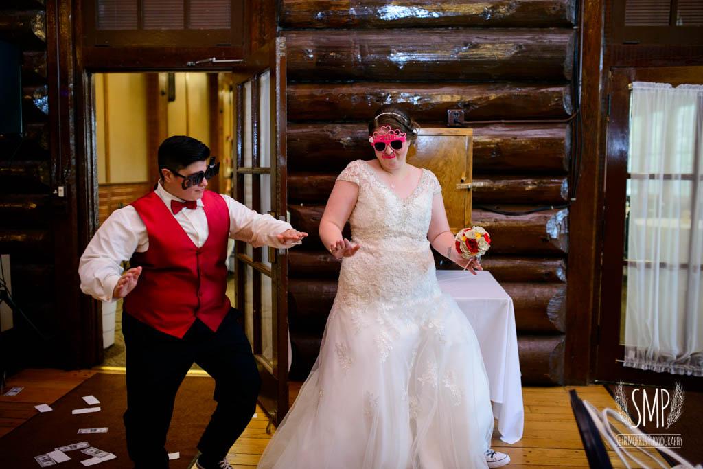 harry-potter-lesbian-starved-rock-wedding-photographer-54.jpg