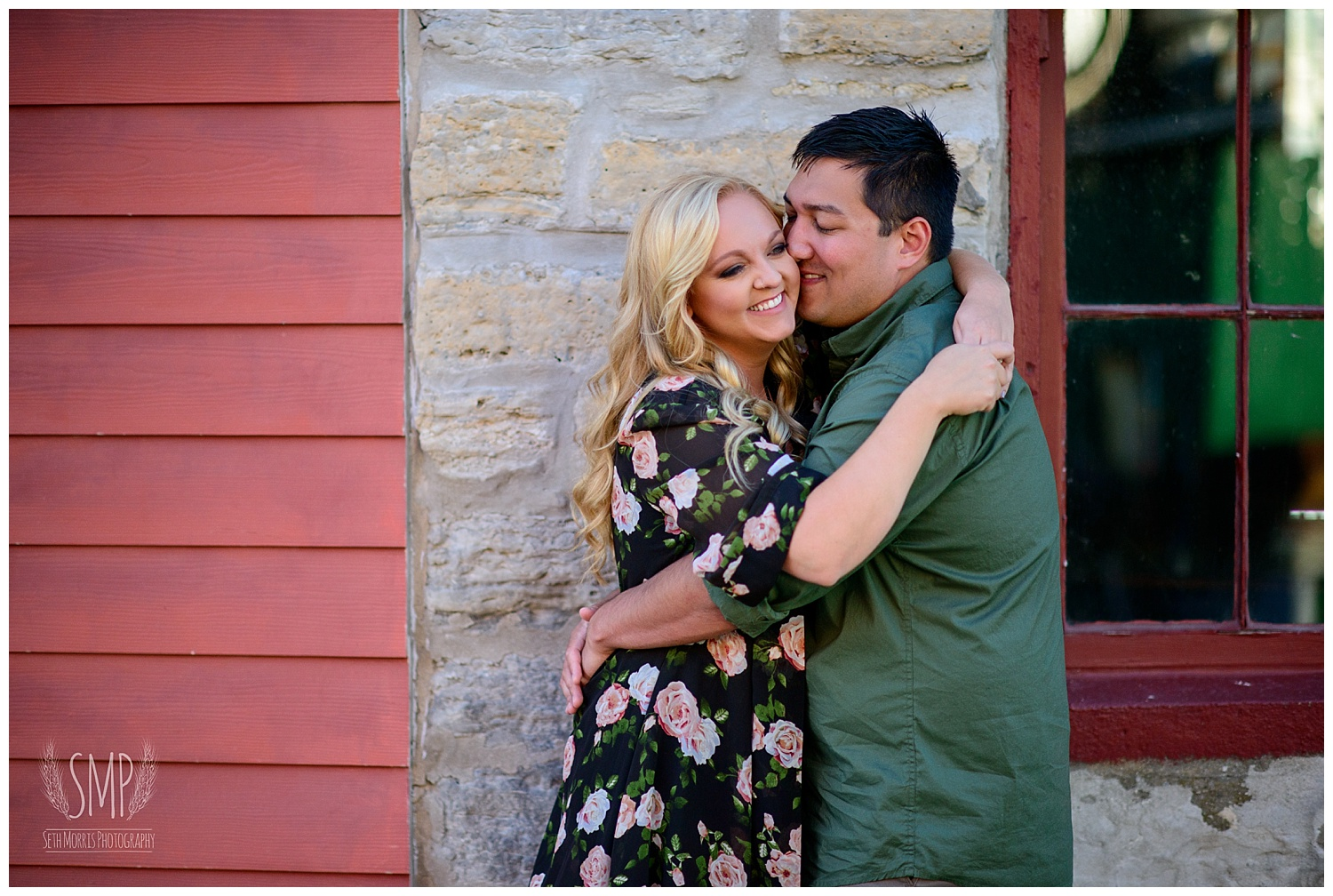 utica-engagement-photographer-downtown-pictures-6.jpg