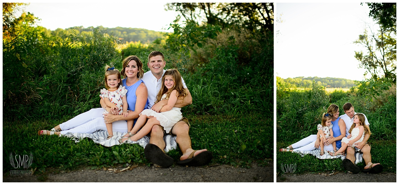 ottawa-family-pictures-outside-nature-44.jpg