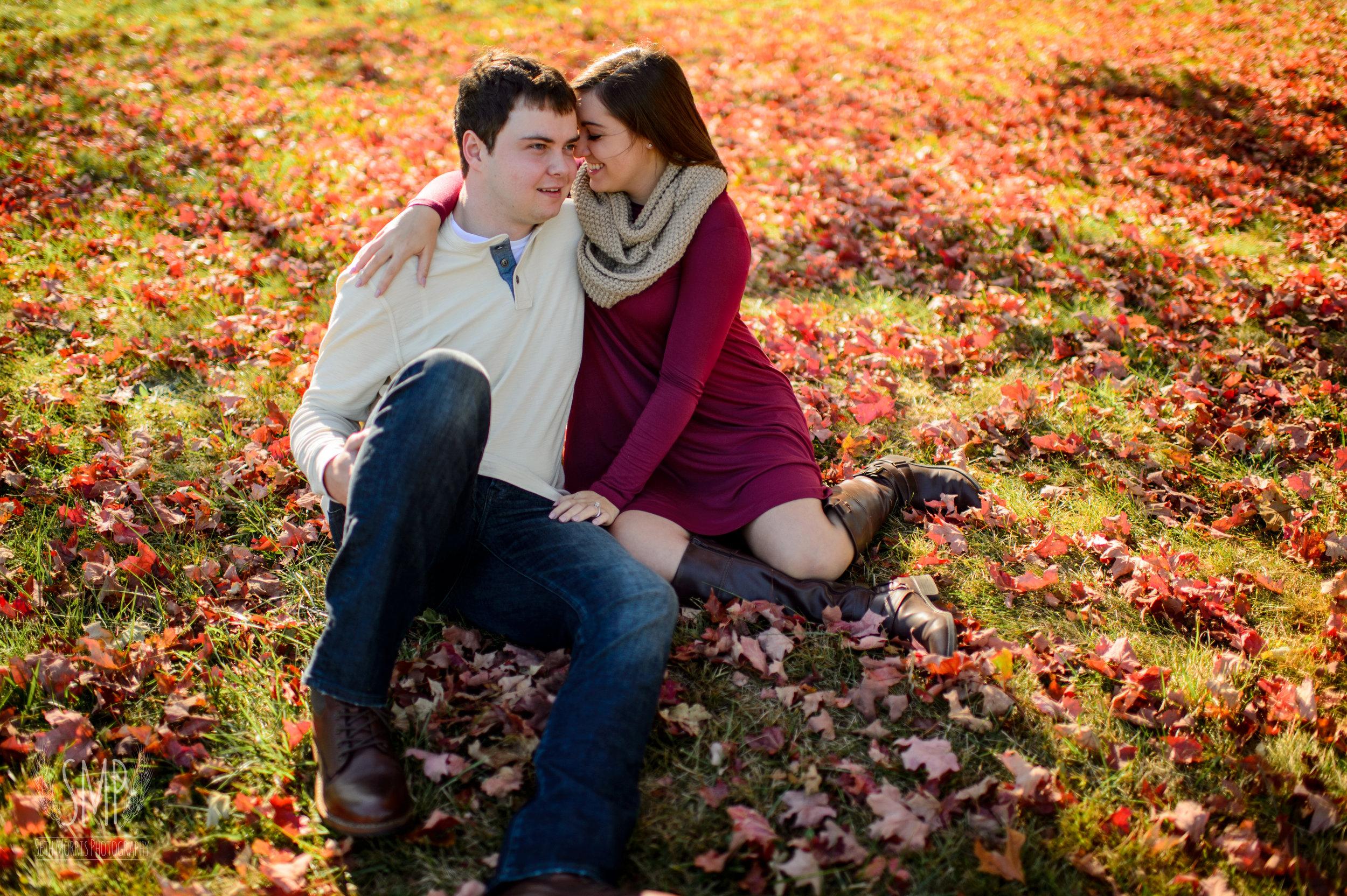 fall-engagement-photos-2.jpg
