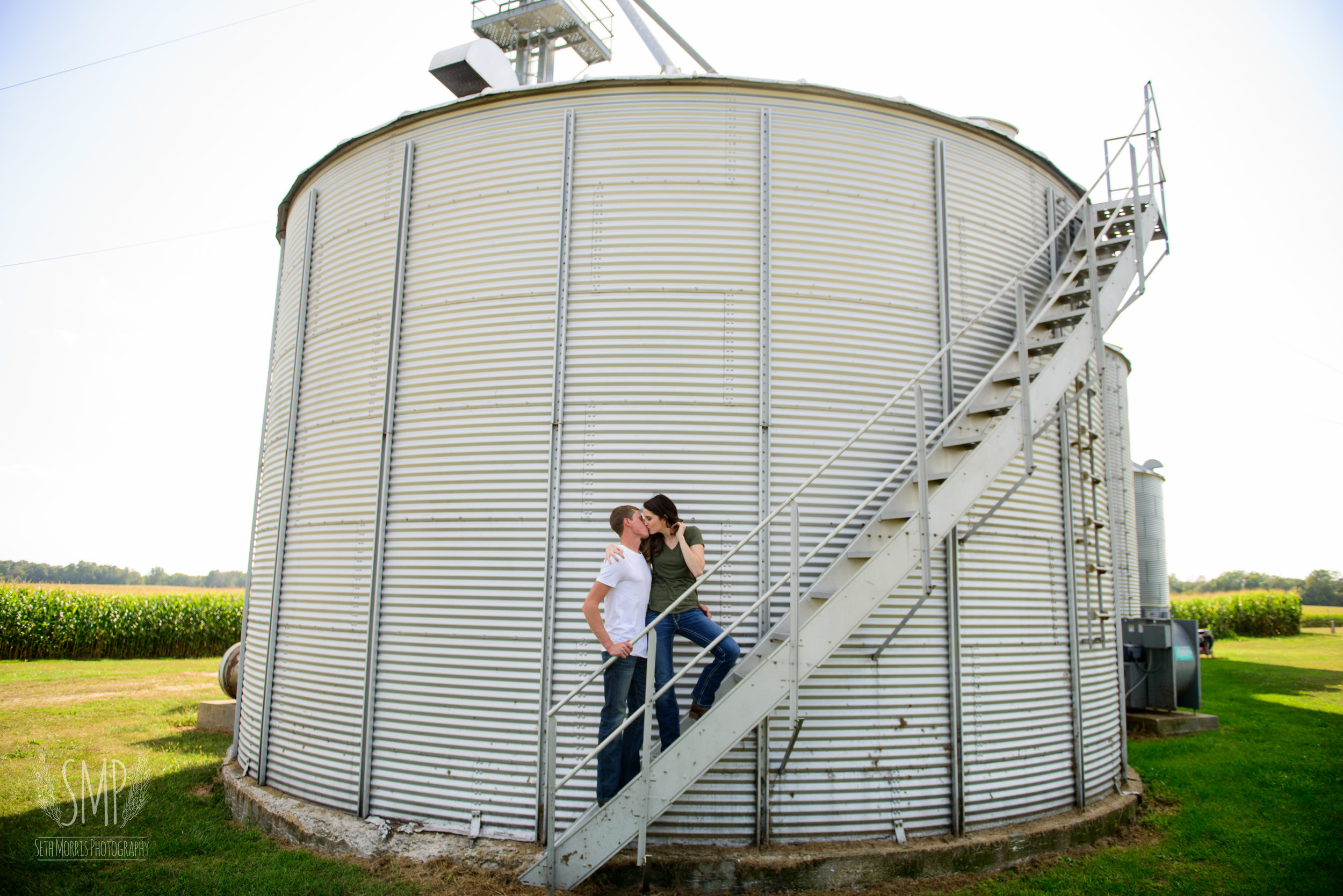 farm-engagement-session-6.jpg