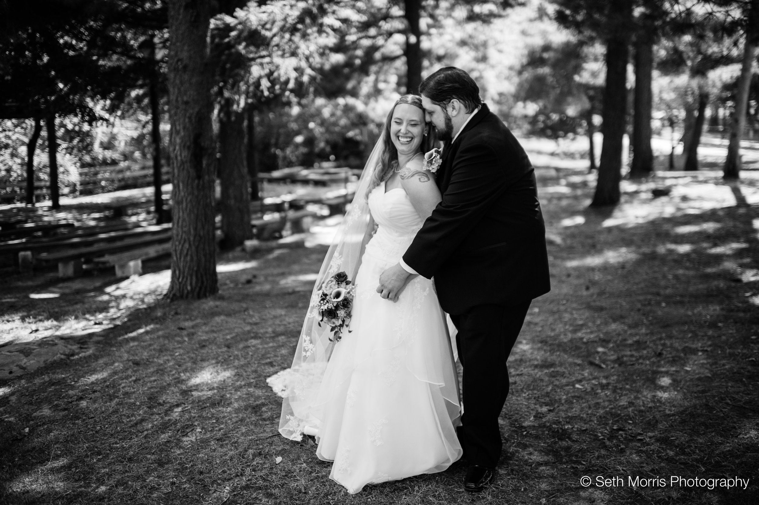 starved-rock-fall-wedding-pictures-12.jpg
