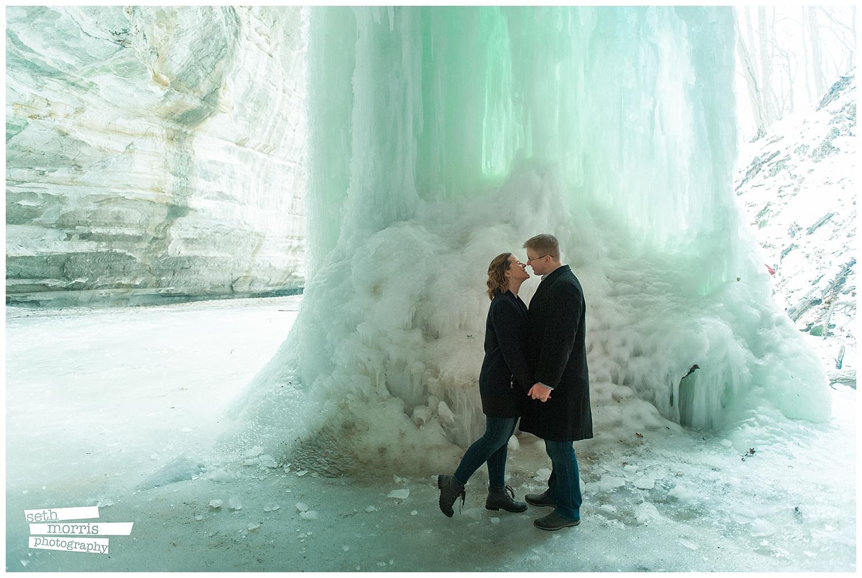 ice-falls-engagement-session-4.jpg