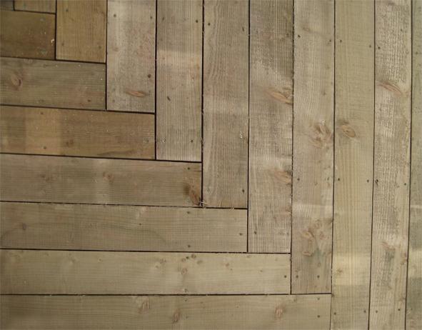 Garden Room - Sawn larch deck detail