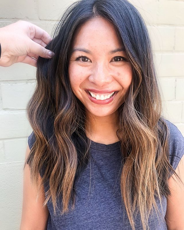 Fresh balayage for this girl giving her low maintenance hair that fits her busy lifestyle. Who says you can't be a busy mom and fresh looking hair at all times!?⠀⠀⠀⠀⠀⠀⠀⠀⠀ ⠀⠀⠀⠀⠀⠀⠀⠀⠀ Hair by our birthday girl @beautybykjoy