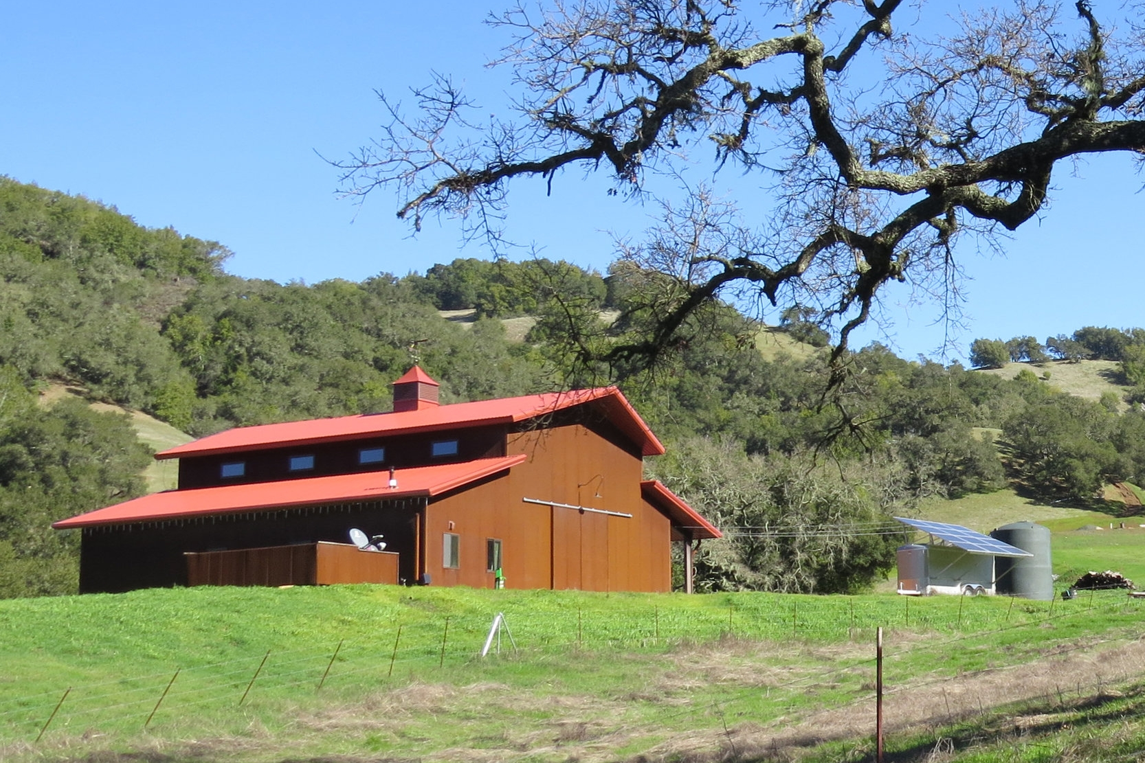 New Barn in Cayucos, CA. Agrarian Architecture style.