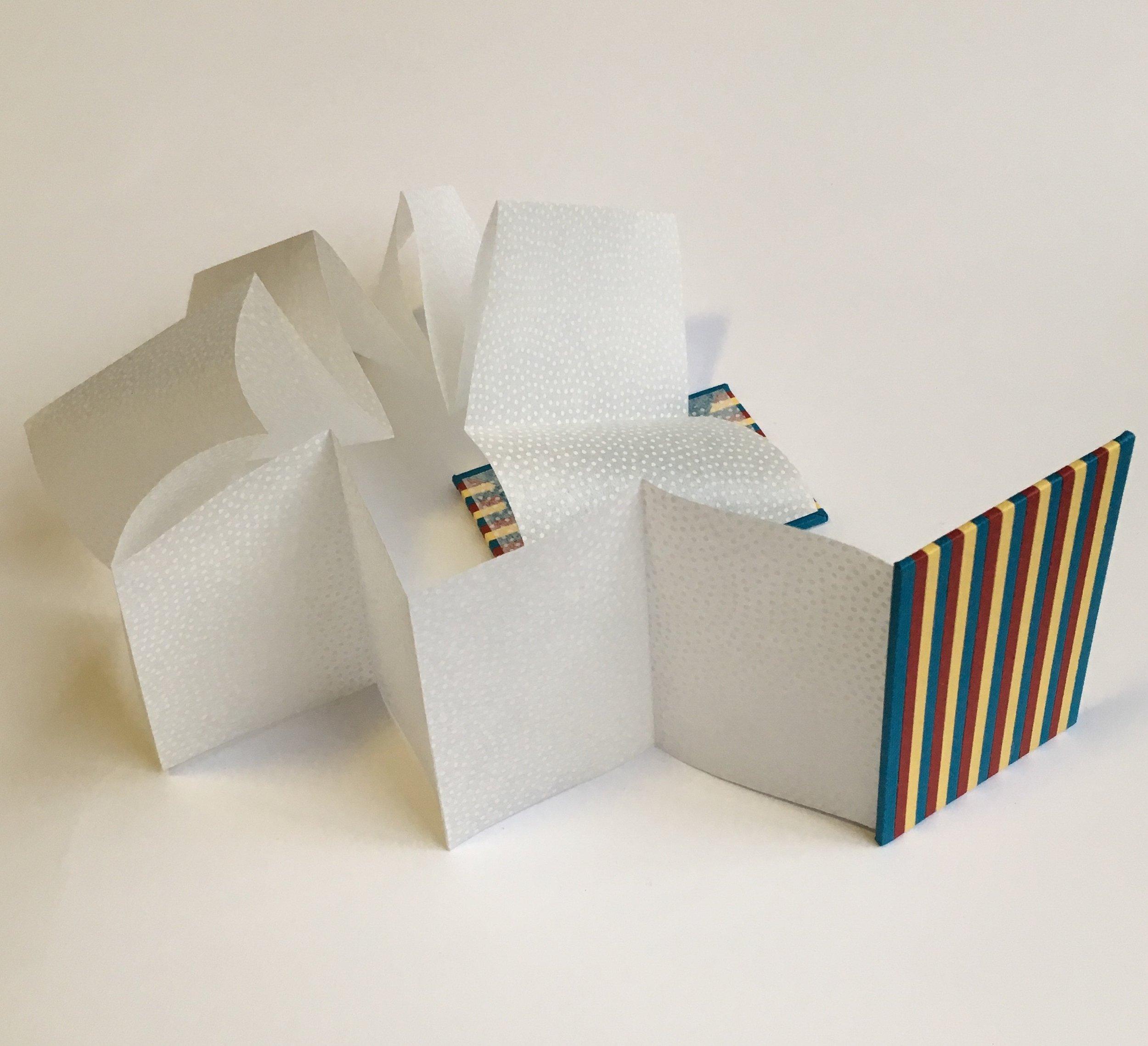 Bespoke concertina binding