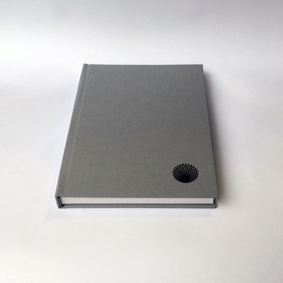 Folio Atelier case binding flat spine.jpg