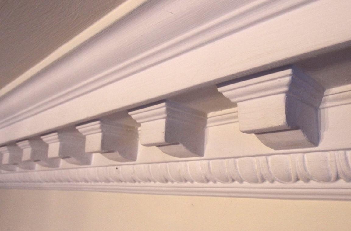 Cornice collection
