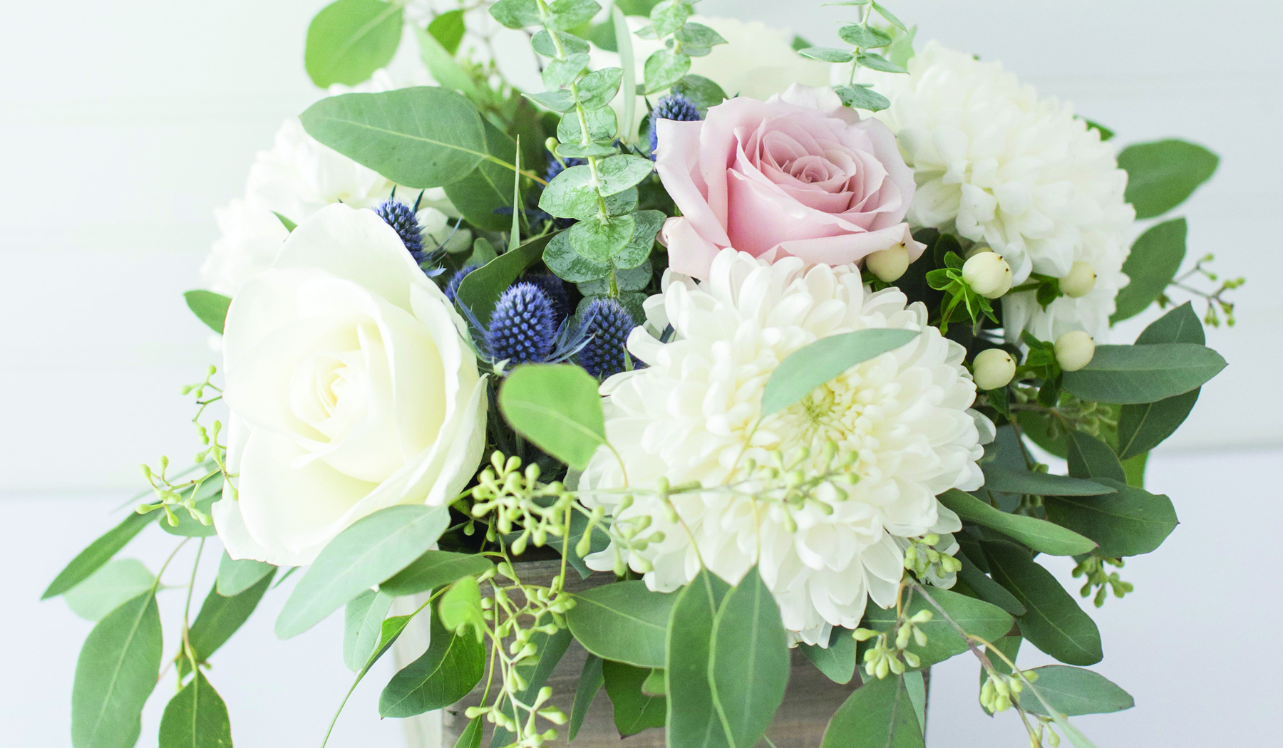 BLOG-Header_WhatDoWeddingFlowersReallyCost-OKOTAUPDATED.jpg