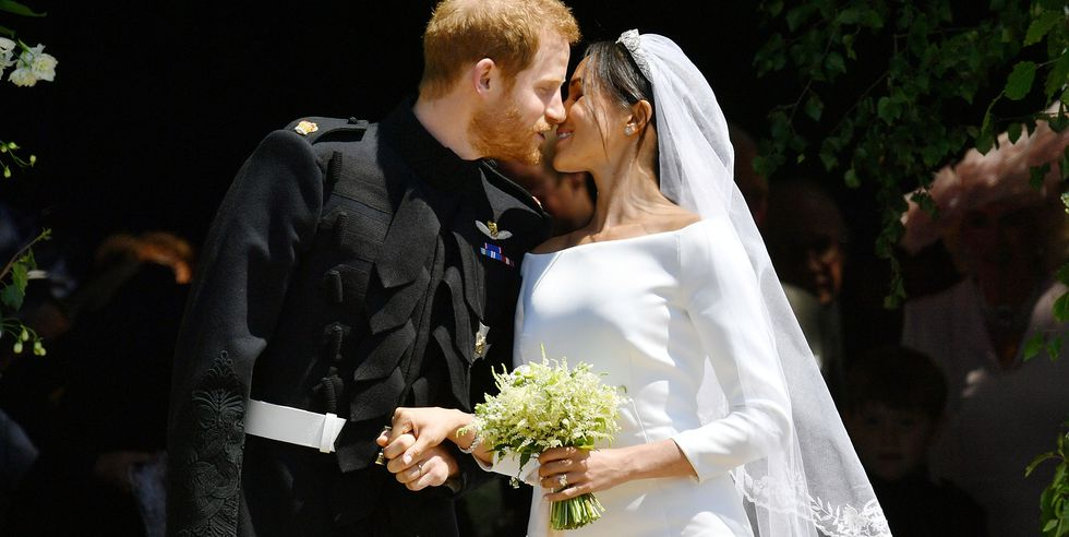 https://www.harpersbazaar.com/celebrity/latest/a19652280/prince-harry-meghan-markle-wedding-flowers/