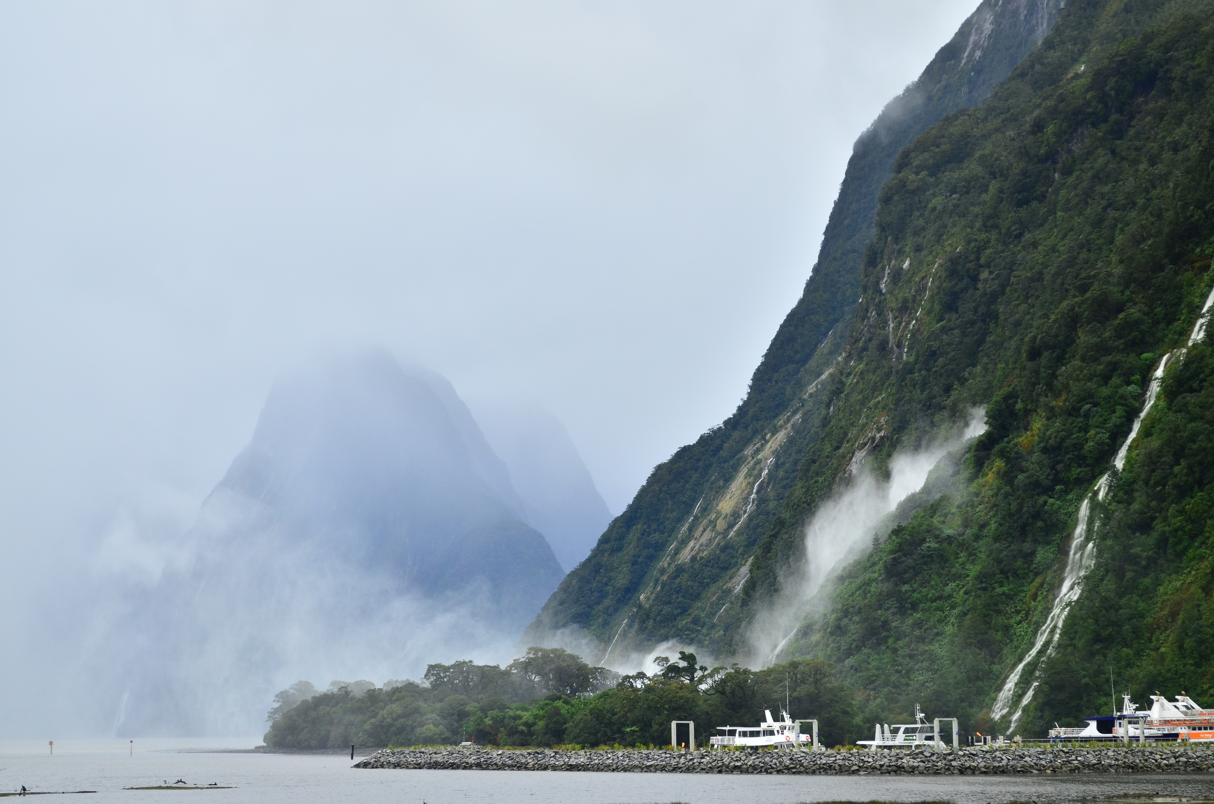 [4] Milford Sound Waterfall, South Island.