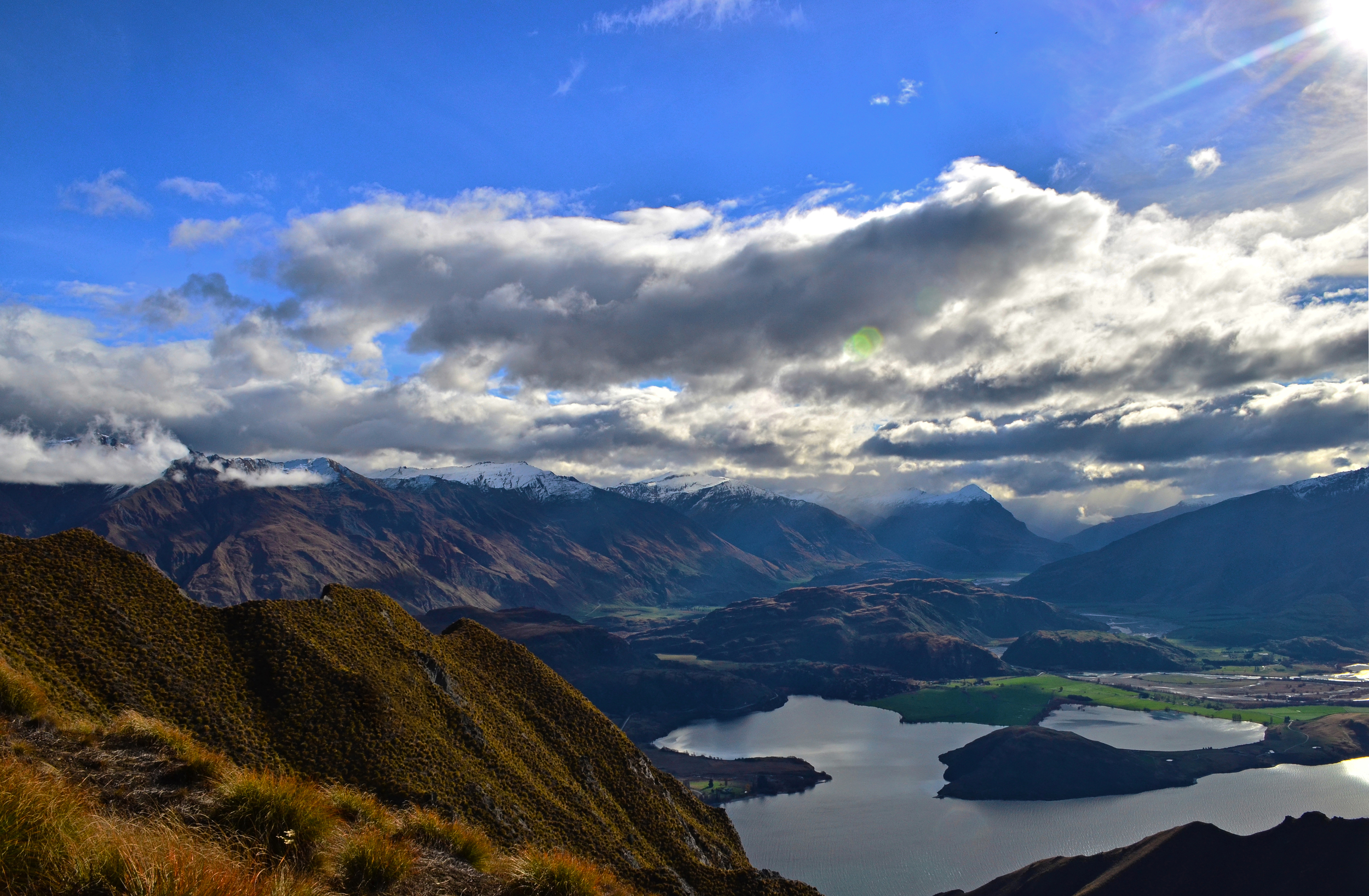 [7] Looking over Lake Wanaka, South Island