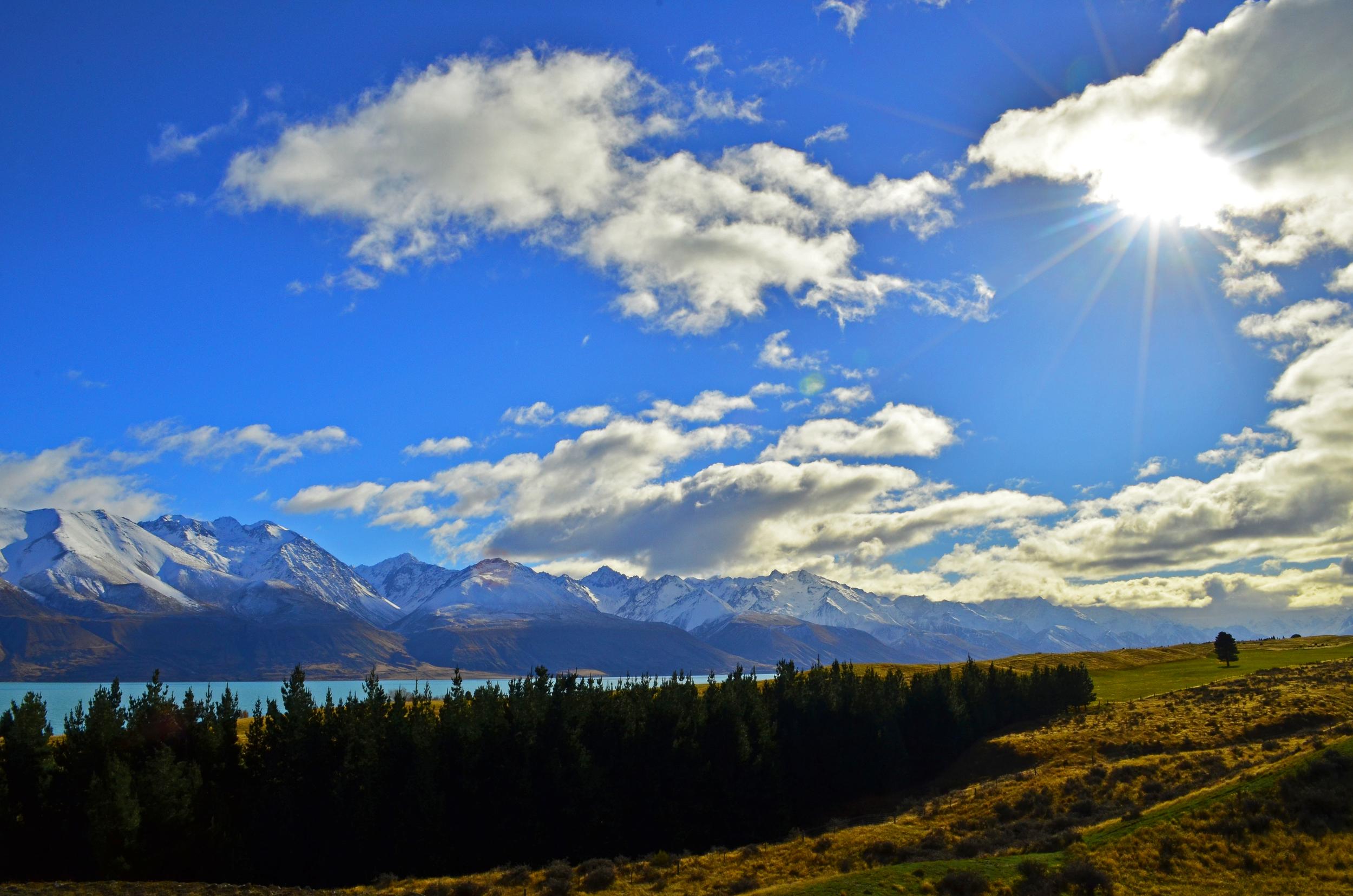 [6] The Views of Lake Pukaki.