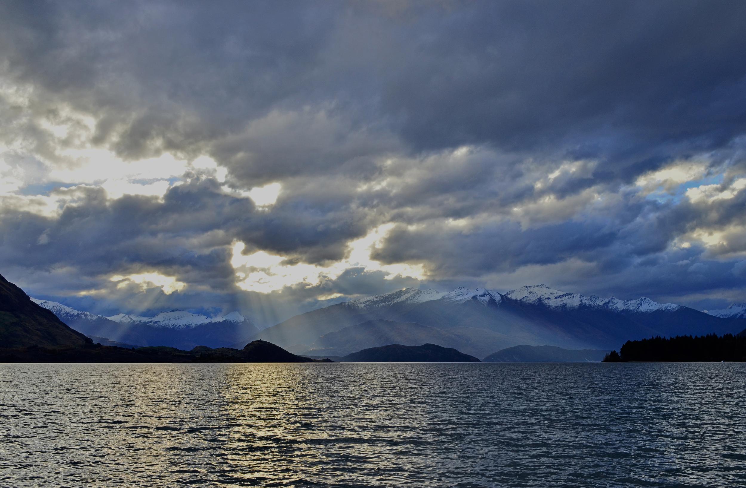 [12] Lake Wanaka, South Island.
