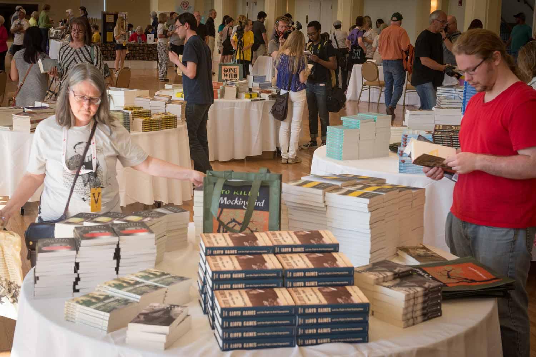 20160423_Unbound_Book_Festival_AB_0817.jpg