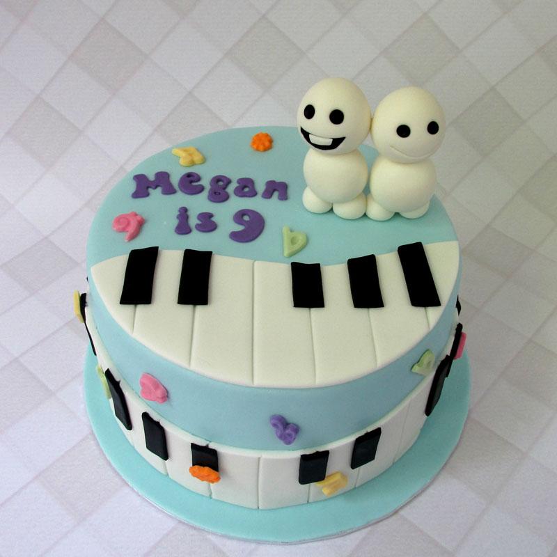 PianoSnoggies.jpg