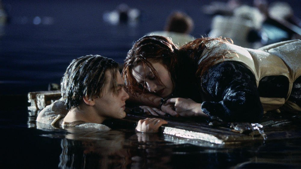 titanic-jack-and-rose-plank-scene.jpg