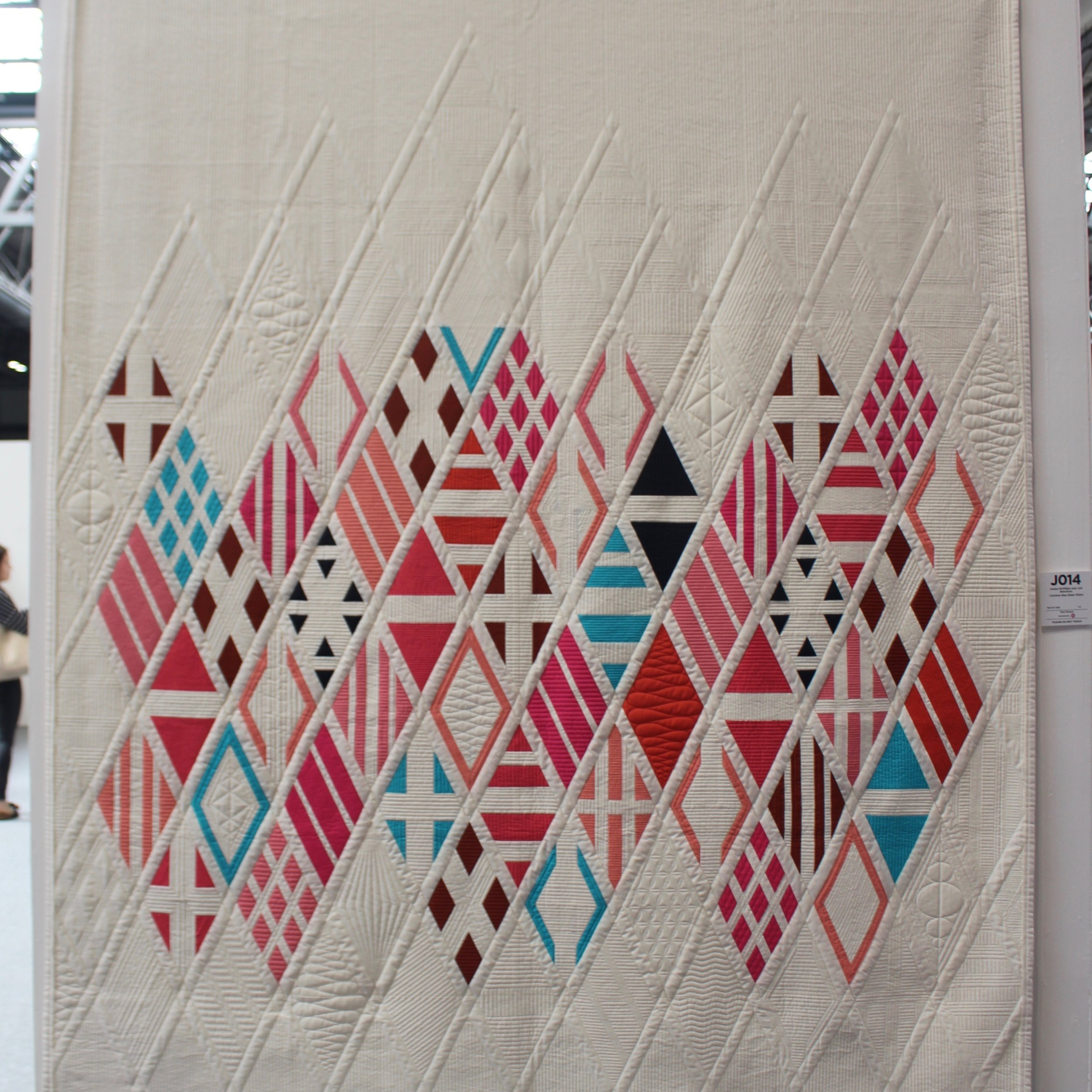 Carmine Bee-Eater Eidos, Araba McMillan and  Joe Jennison , Festival of Quilts 2019