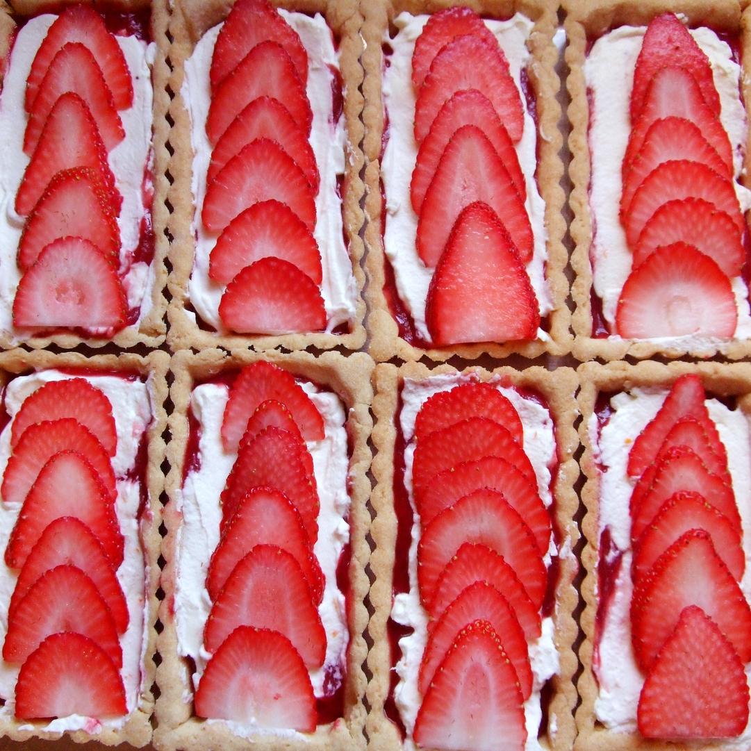 strawbrhubarb.jpg