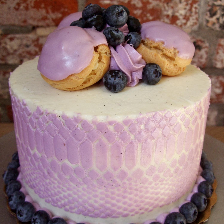 blueberry st honore.jpg