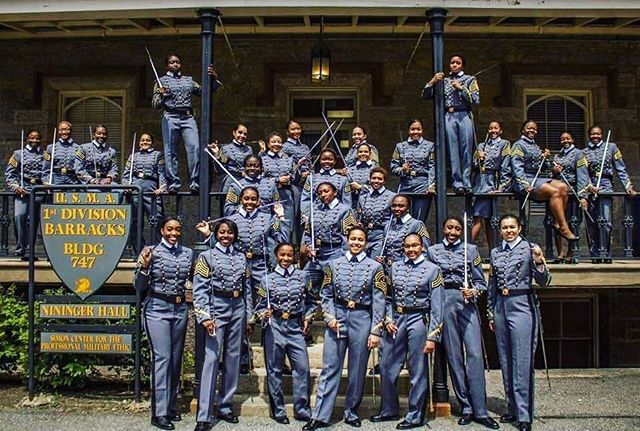 ||#inspiration|| Thank you @cadetissue and @domore2gether for reminding us of these AMAZING 32 #women who will be graduating from @westpoint_usma in the next few weeks.  It is nice to see West Point looking more like #America each year. The class of #2019 represents the largest number of black women to graduate West Point ever. 📸: @hhpound96  #usa #trending #strength