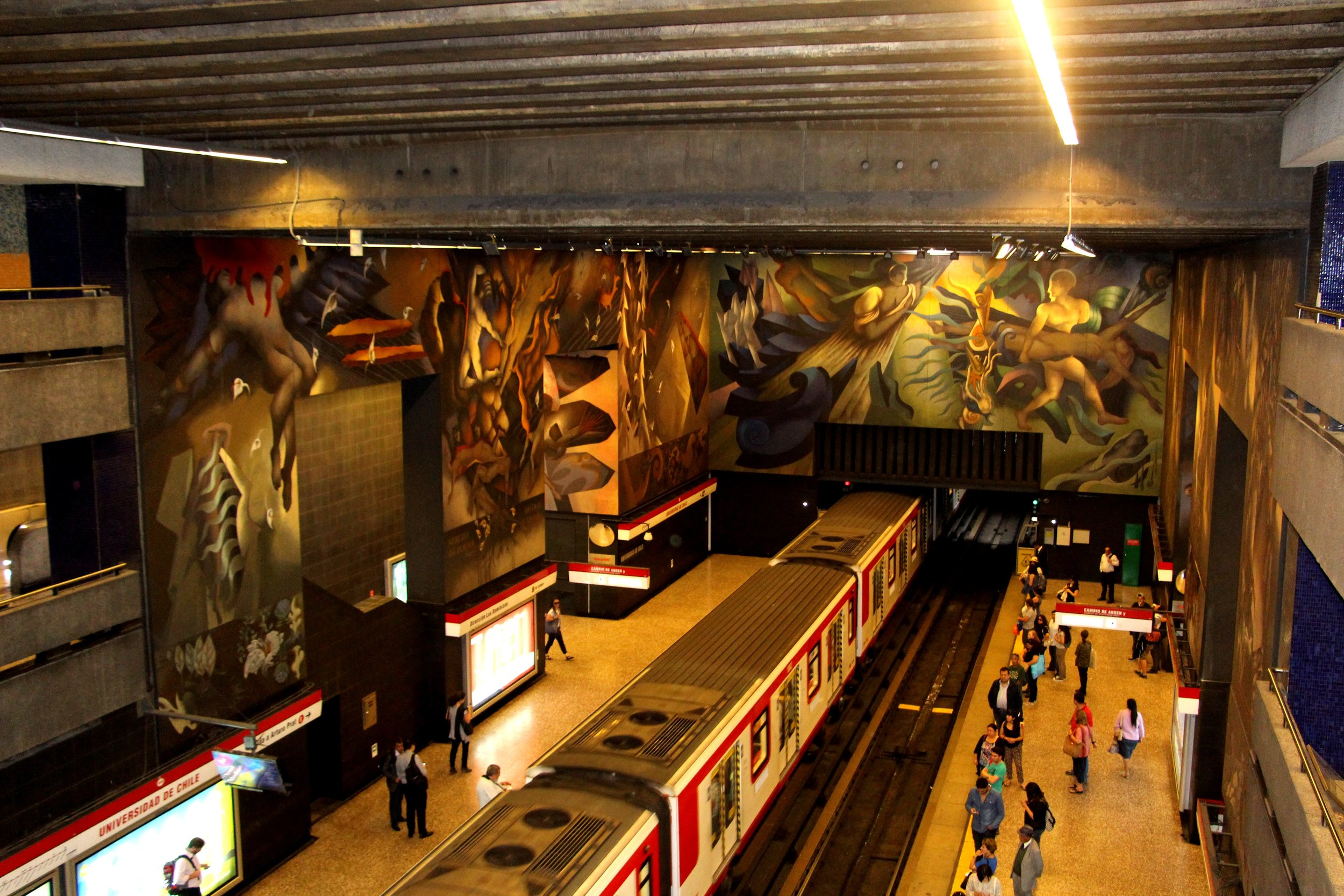 Santiago even has art in their Subway stations.