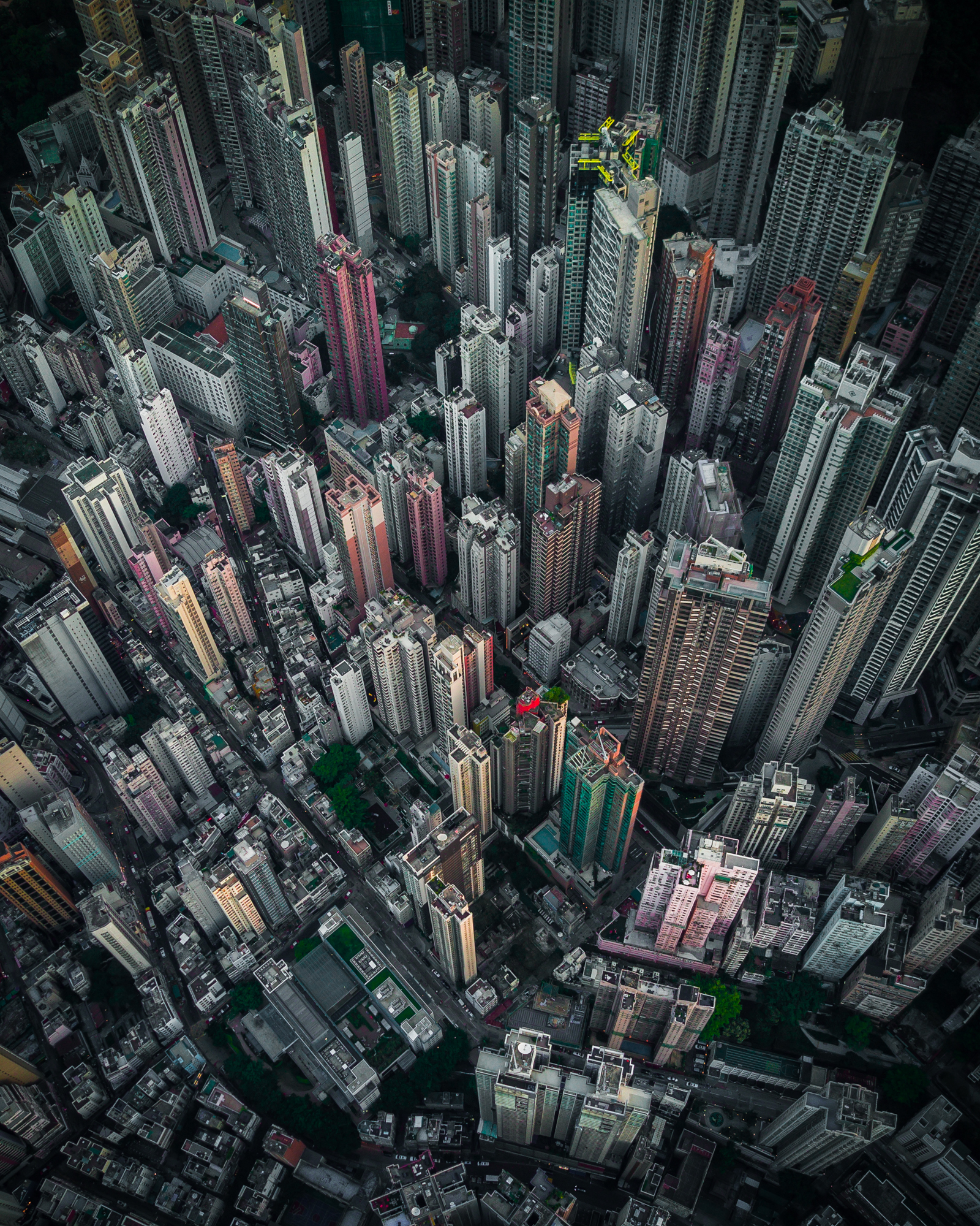 Nightsnlights_Above_HongKong01.jpg