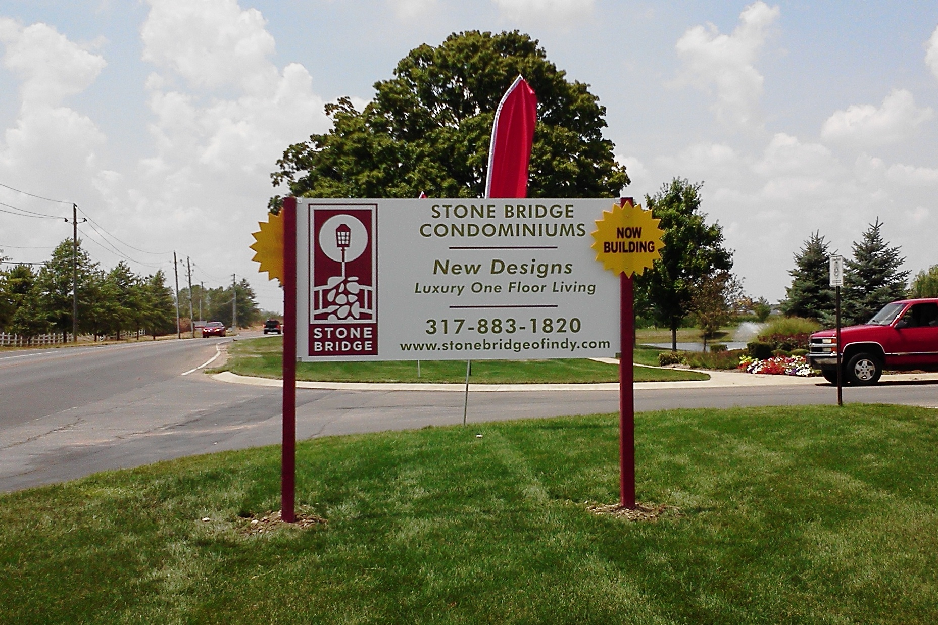 Post and Panel Sign for Stone Bridge Condominiums