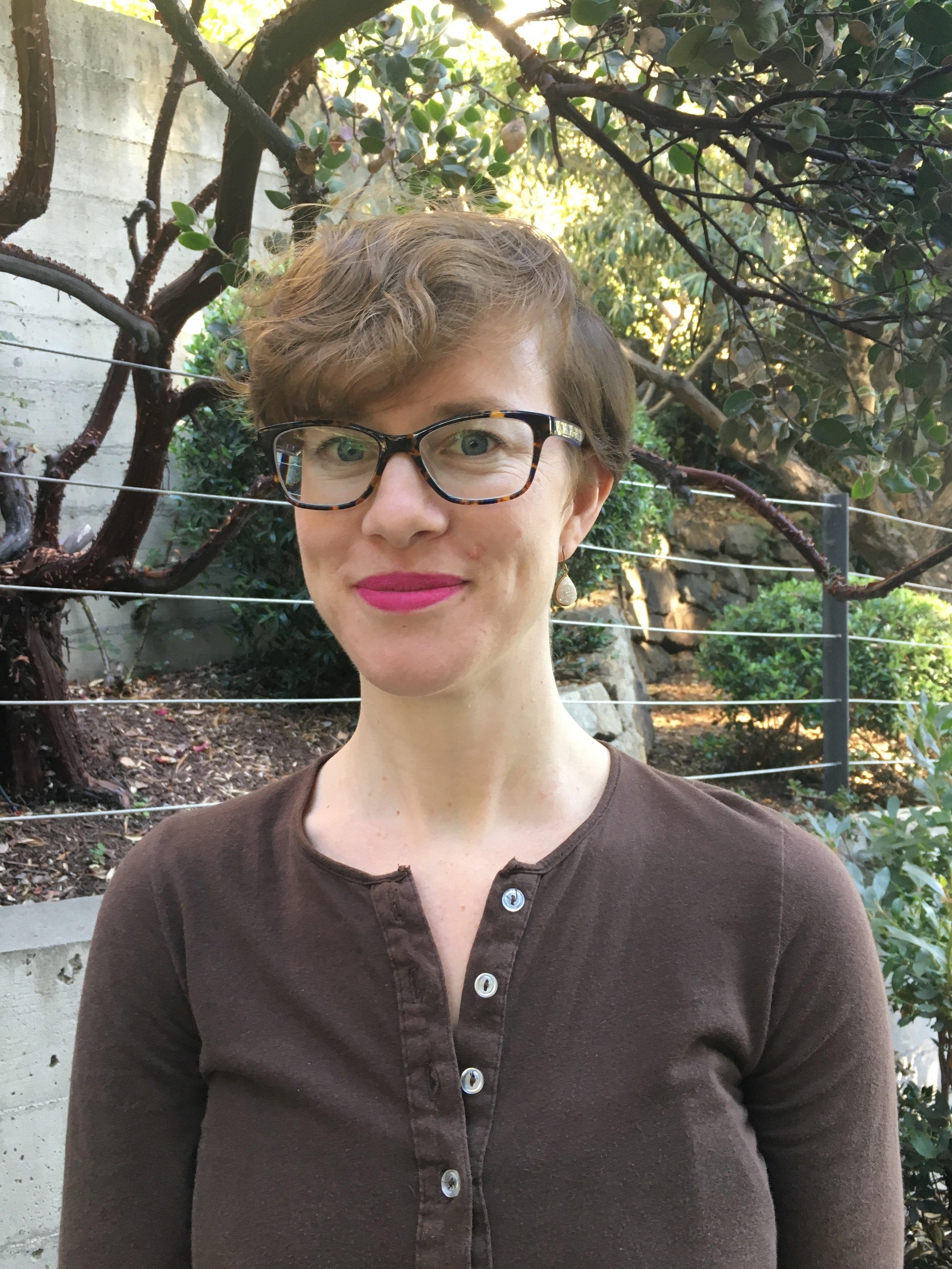 Diana Joakimson, AMFT    Associate Marriage & Family Therapist