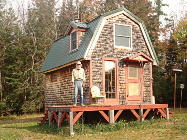 The renovated turkey coop that Shavitz once called home
