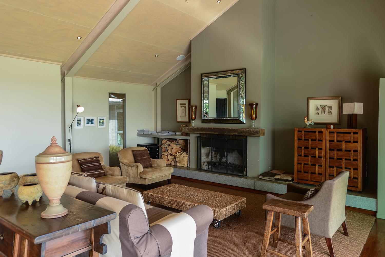 HIGHCLIFF Accommodation - Living area