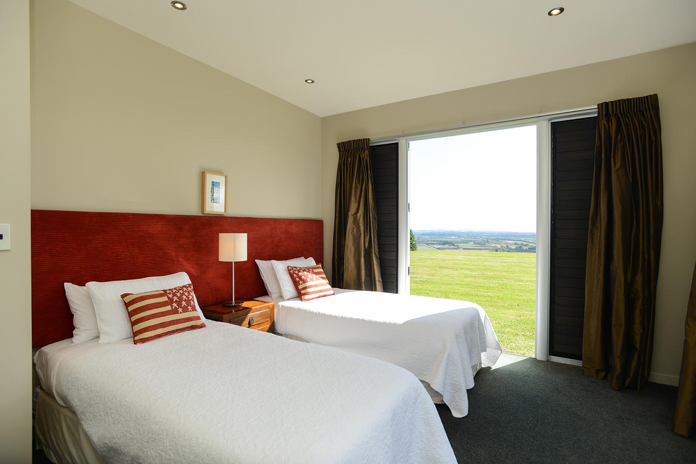 HIGHCLIFF Accommodation - Bedroom 4