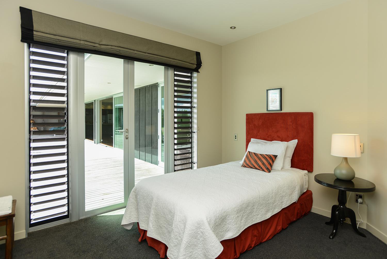 HIGHCLIFF Accommodation - Bedroom 5