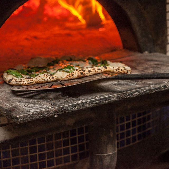 Thinking warm pizza-oven thoughts on this freezing day in NYC!