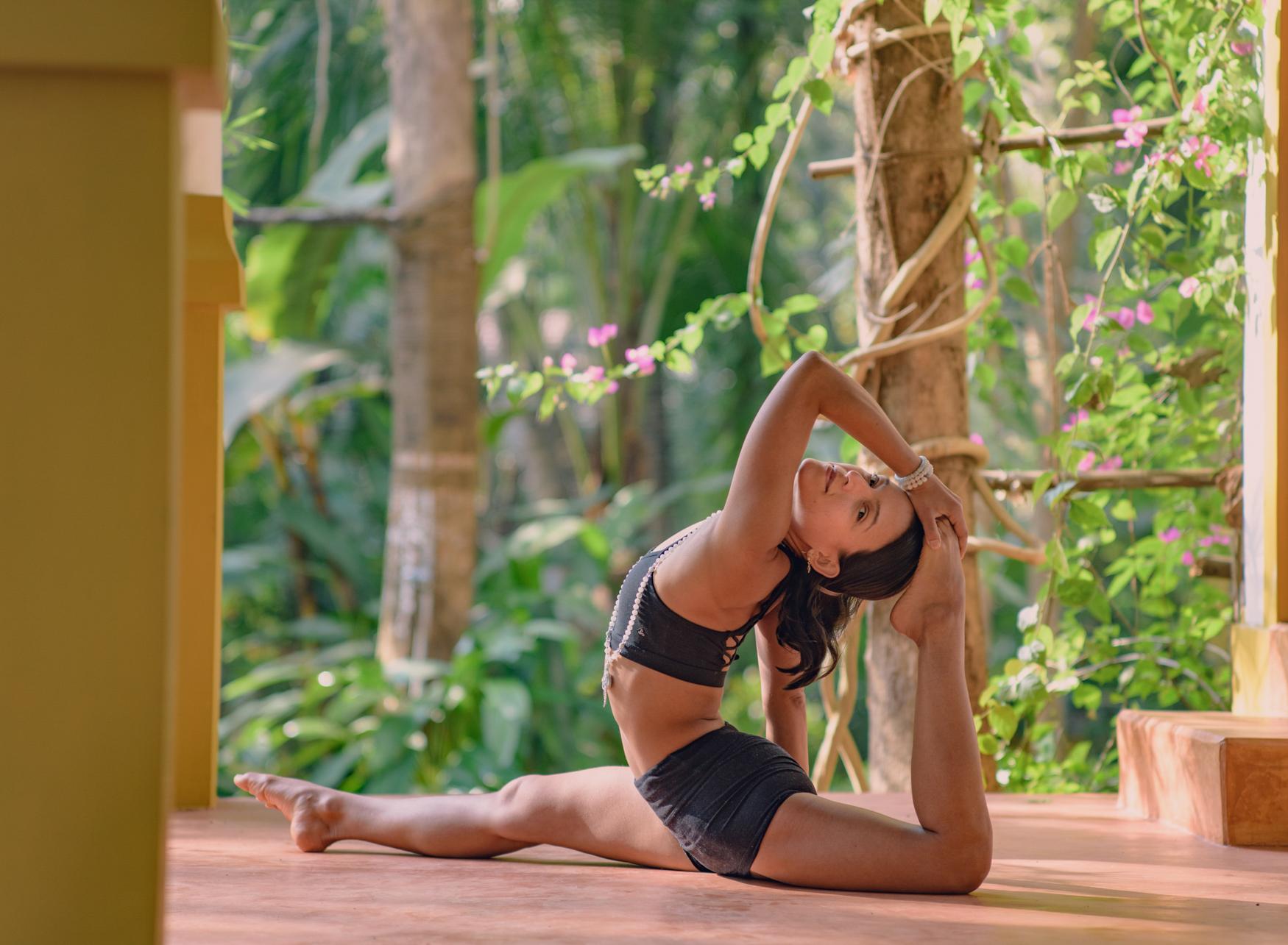 Yoga-Asana-Photography-Costa-Rica-12.jpg