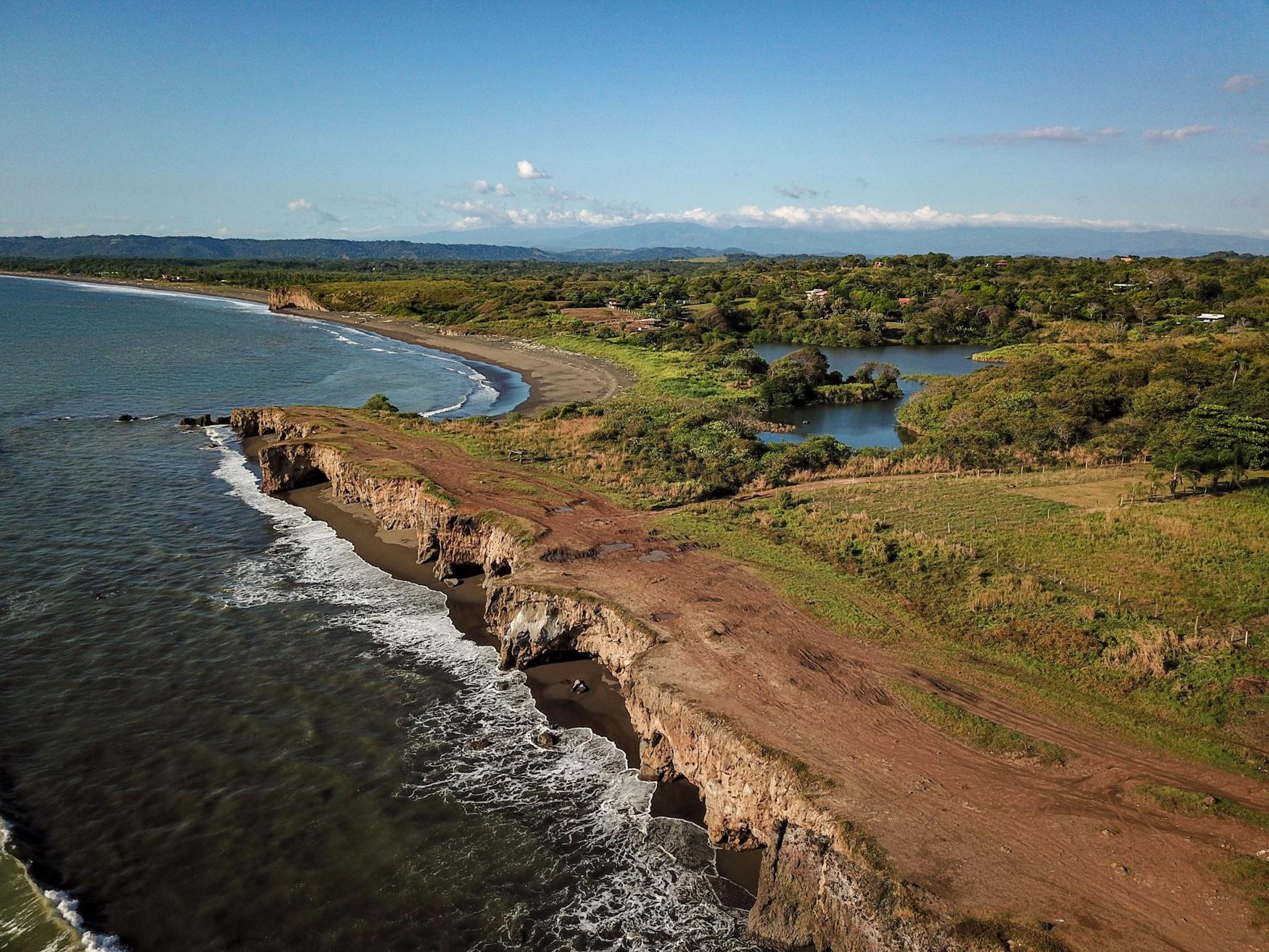 Yoga-Retreat-Drone-Photography-Costa-Rica-36.jpg