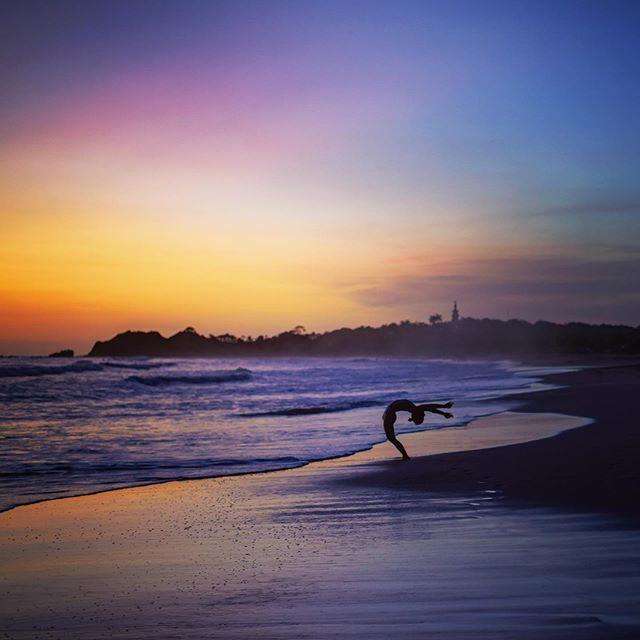 My yoga goddess & muse @luanafarayoga at my favorite place, la playa 💜🧡💙💛