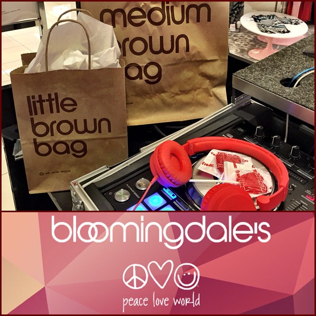 Fun times at #Bloomies today. S/O @edwindjcity @djpuffs @dancrnutmeg @mtrdvsn @seezye @tiffanimichelle @peaceloveworld @bloomingdales. #peaceloveworld #bloomingdales #littlebrownbag #mediumbrownbag #valentine