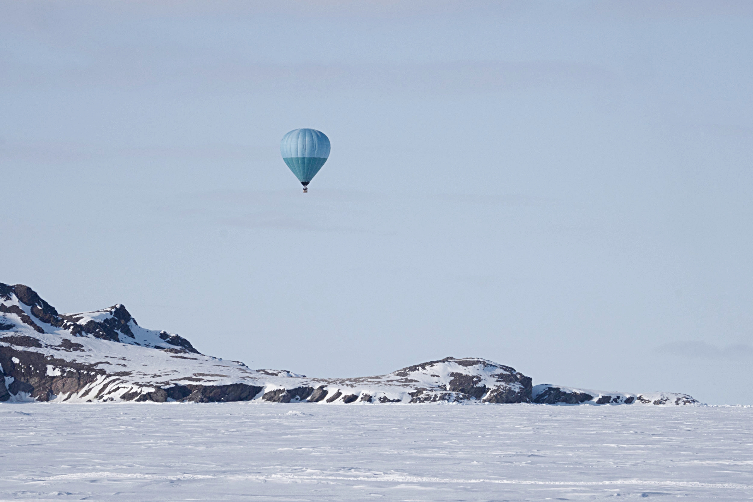Baffin Safari Balloon Flight.jpg
