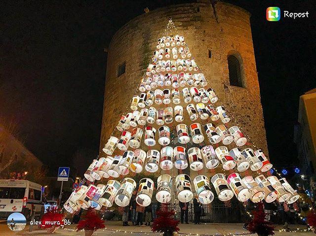 Buon natale a tutti! Grazie @alex_mura_86 🎅🙌#alghero #christmas #bellasardegna #traditions