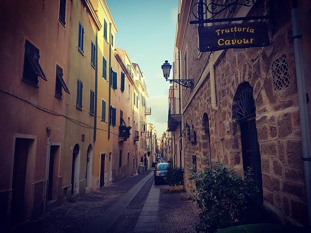 We recommend Trattoria Cavour 👌#travelguide #trattoria #italia #food #vacation #sardinia #alghero