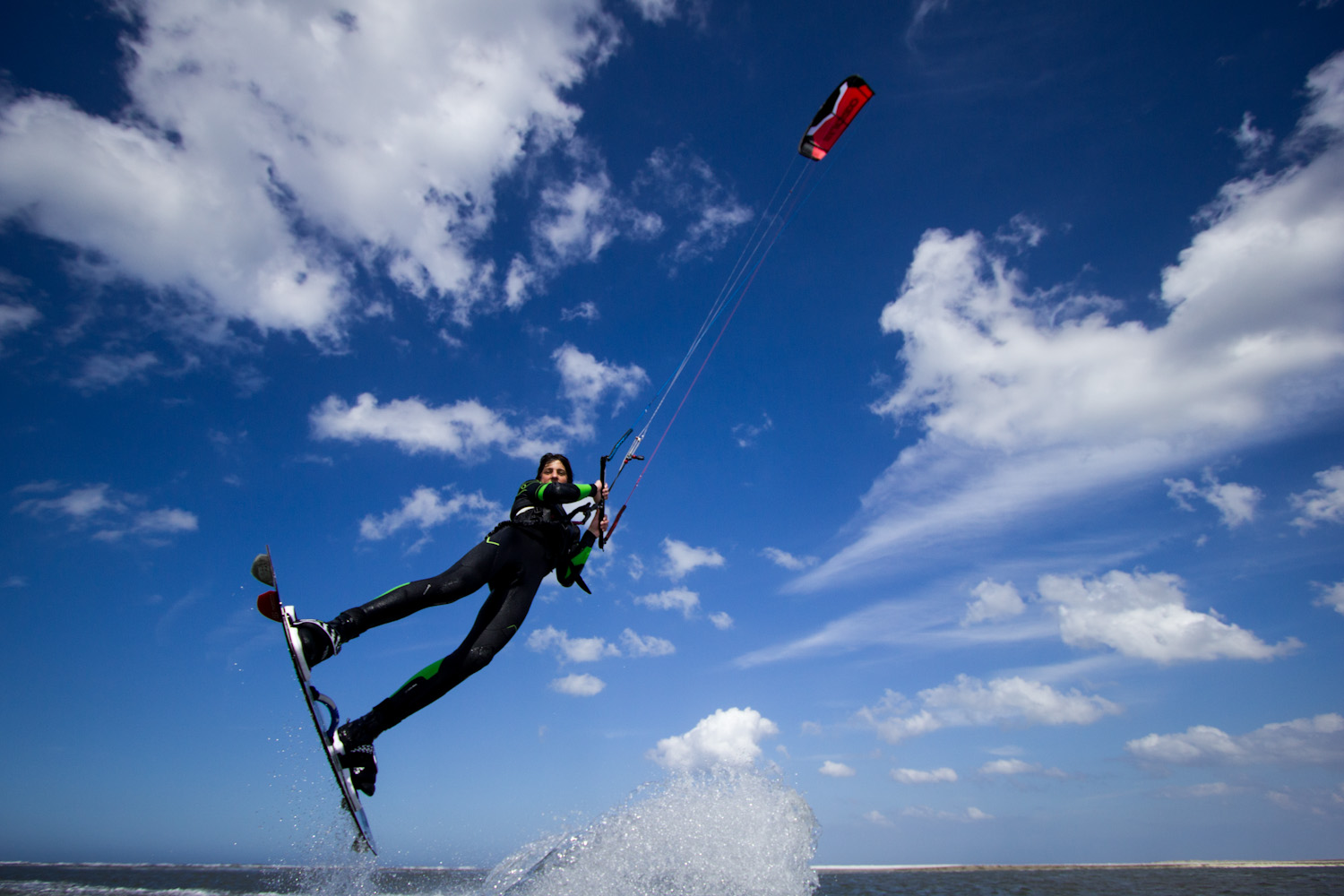 tim kitesurfing (3 of 15).jpg