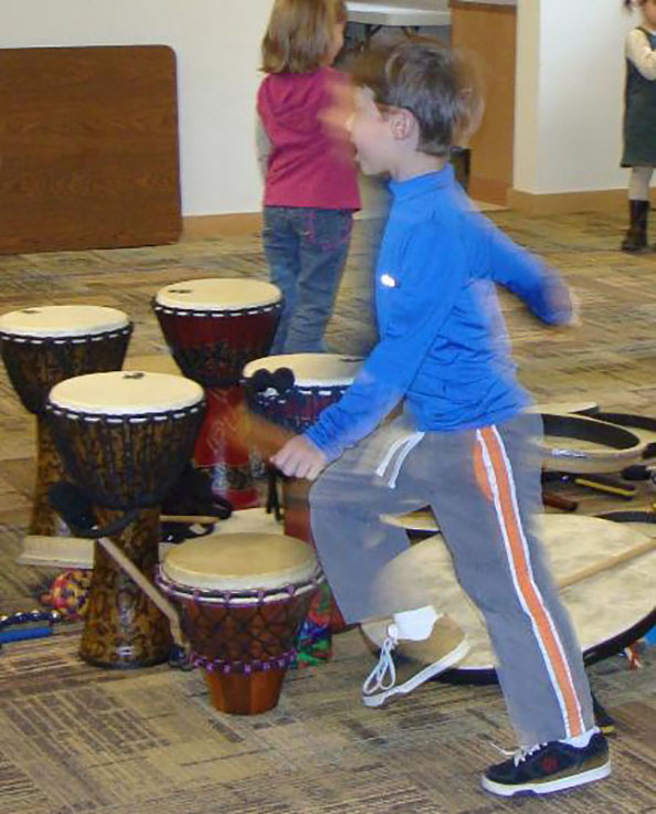 CREATIVE  Drum circle participants play drums and percussion instruments communicatingand connecting witheach other whilecreatingandsharingadynamic experience. No musical experience isneeded. Instruments provided.